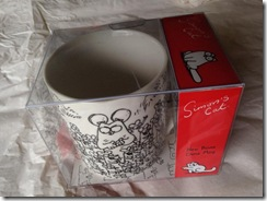 _greythorne julie Thank you to my Twanta for a lovely Simon's Cat mug. Bone china, with mouses. Top research